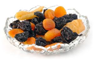 Getrocknete Pflaumen, Aprikosen und Birnen